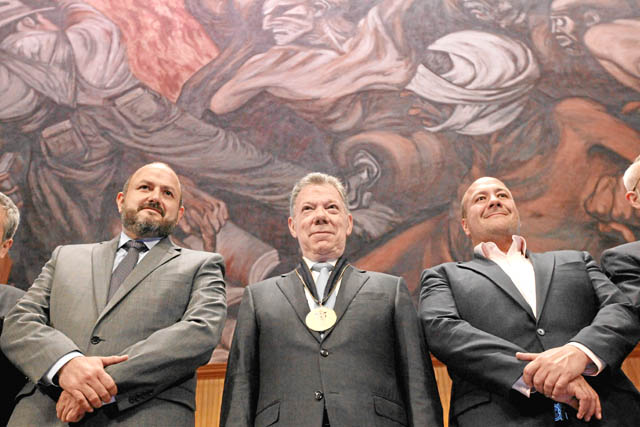 Honoris causa por la paz